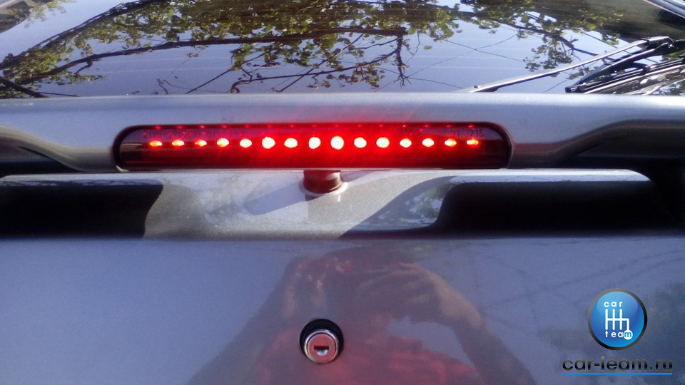 Стоп сигнал в спойлер на ВАЗ 2113-14-15