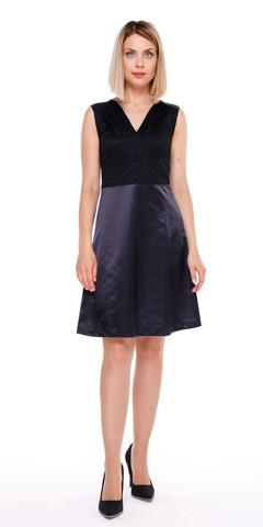 Фото черное платье-трапеция с атласной юбкой и гипюровым верхом - Платье З070-114 (1)