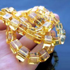 бусы кубики из янтаря натурального