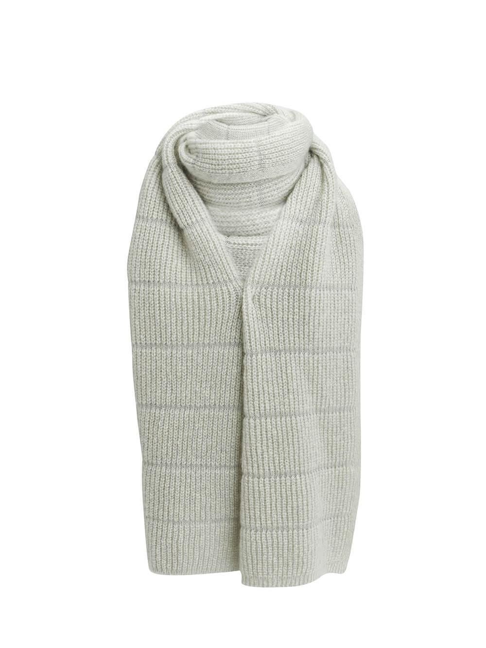 Женский шарф молочного цвета из мохера - фото 1
