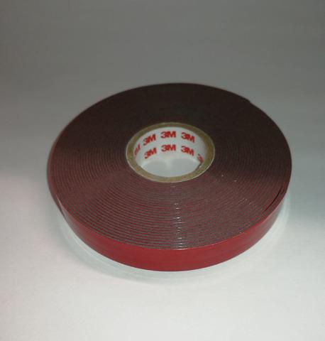 3М Двусторонняя клеящая лента GT6008  15мм*110м*0,8