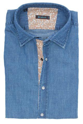 Синяя джинсовая рубашка со стеклянными пуговицами-кнопками и бежевой планкой в цветочек