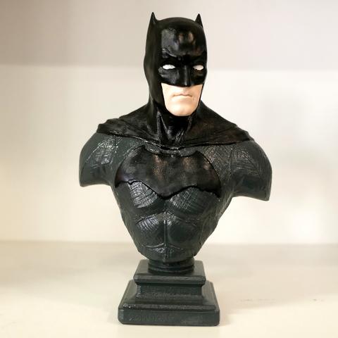 Бюст настольный. Бэтмен. Окрашенный