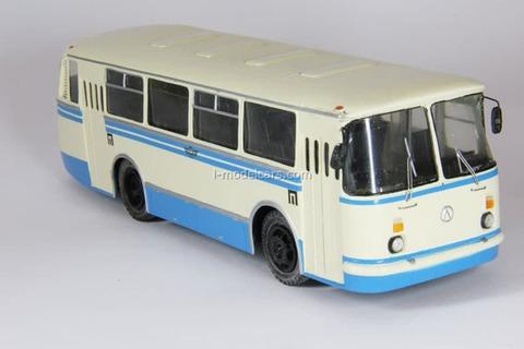 LAZ-695N Lviv Vector-models 1:43