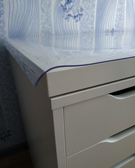 Прозрачная накладка толщина 1 мм. ширина 40 см.
