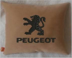 Подушка автомобильная с логотипом PEUGEOT