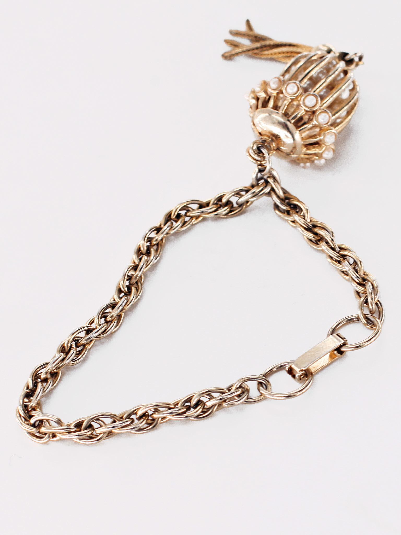 Очаровательный  браслет от Coro