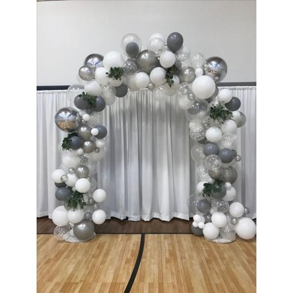 Арки из шаров на свадьбу Арка разнокалиберная Серебристо белая 29f672b0fa9c35485d4ff9008cf11aae-600x600.jpg