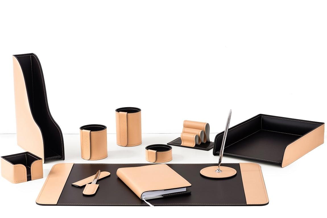 Настольный набор для руководителя 11 предметов из кожи натурале/шоколад