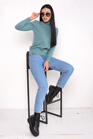 Джемпер (кашемир аквамарин). <p>Модный джемпер из мягкого кашемира отлично сочетается с юбкой, брюками и джинсами, создавая стильный ансамбль практичности и утонченности.</p> <p><span>(Один размер: 42-48)</span></p>