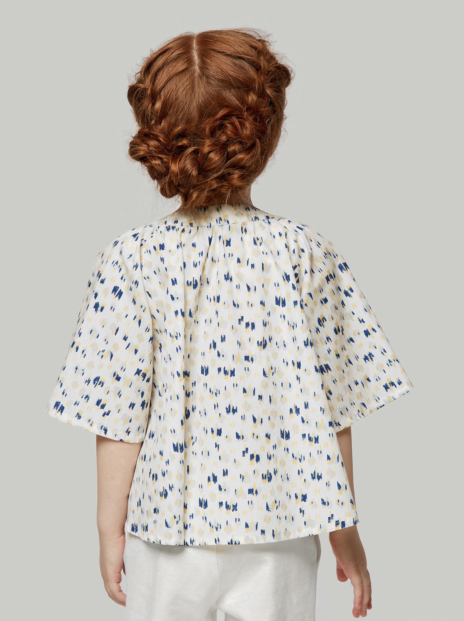 Блузка белая с рисунком