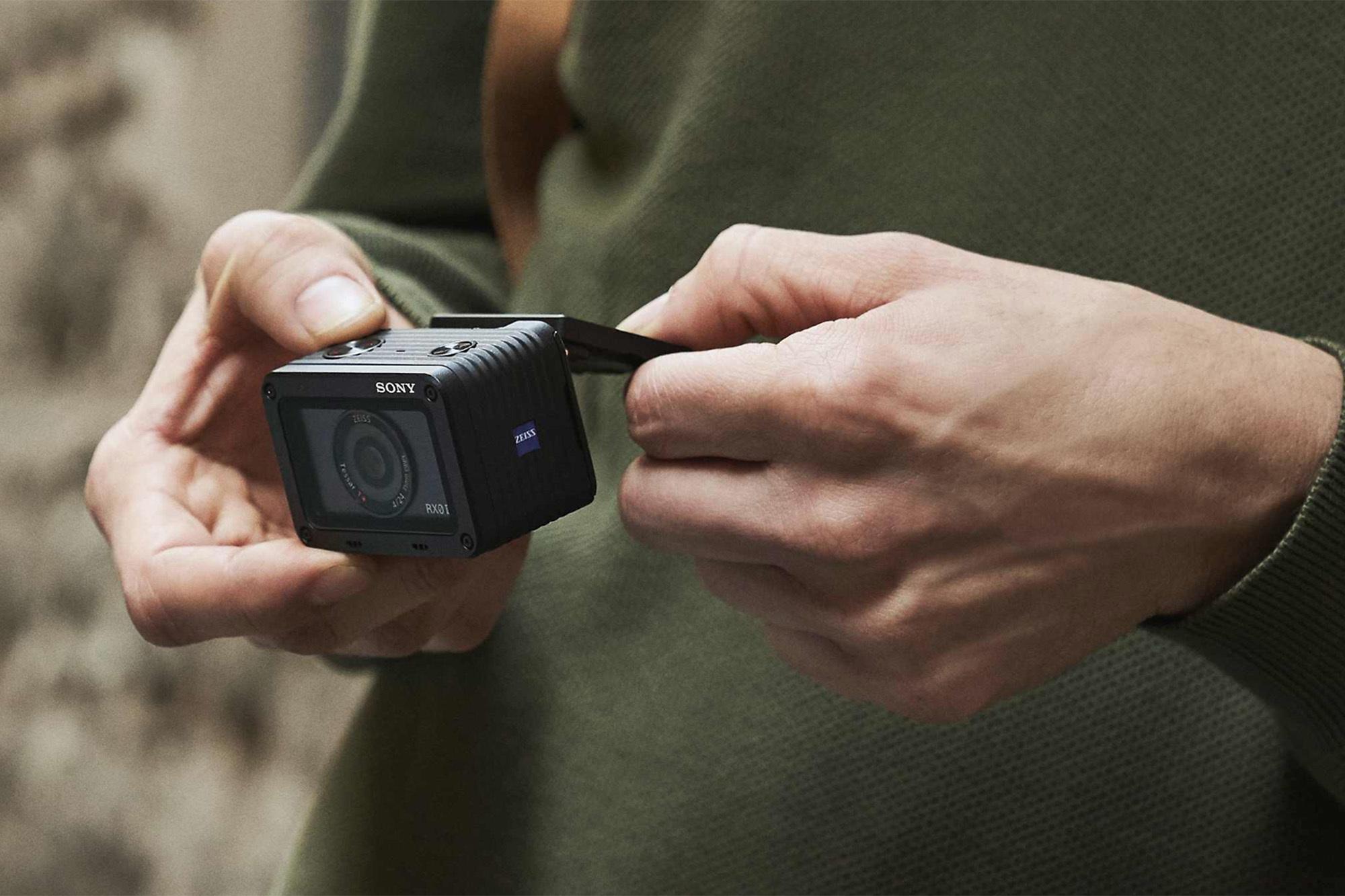 Камера Sony DSC-RX0 II в Sony Centre Воронеж