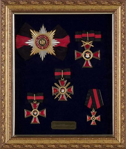 Орденский набор св. Владимир в раме (копии)