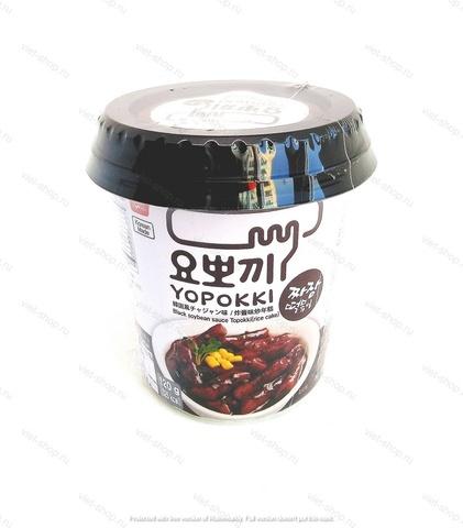Корейские рисовые клецки с соусом чаджан (Топокки) в стакане, 120 гр.