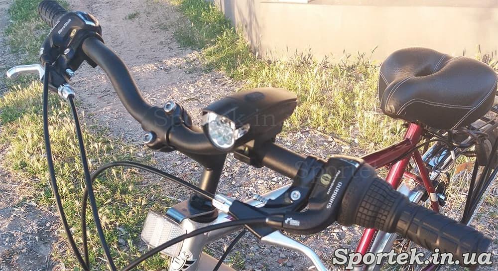 Передний трехрежимный велосипедный фонарь (KK-800) на руле