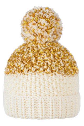 Молочная шапочка с золотой нитью для девочки