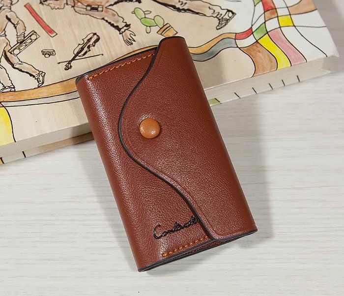 KK103-2 Кожаная ключница коричневого цвета с карабином фото 02
