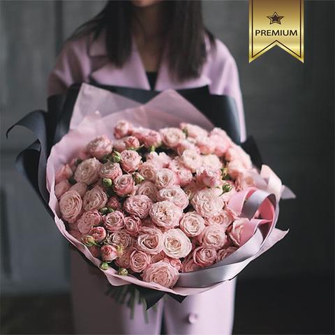Букет 39 кустовых пионовидных роз Madam Bombastic