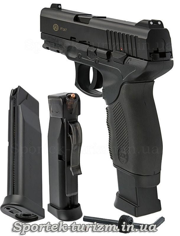 Вигляд ззаду і магазин пневматичного пістолета SAS PT 24/7 калібру 4,5 мм,