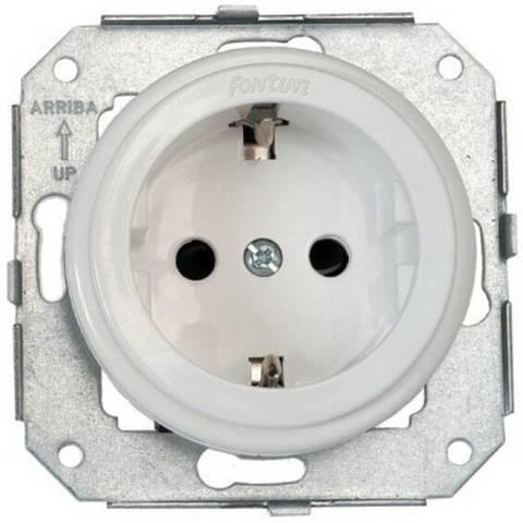 Розетка электрическая 2К+З с заземлением и шторками 16 A, 250 В~. Цвет Белый. Fontini Garby Colonial(Фонтини Гарби Колониал). 31212052