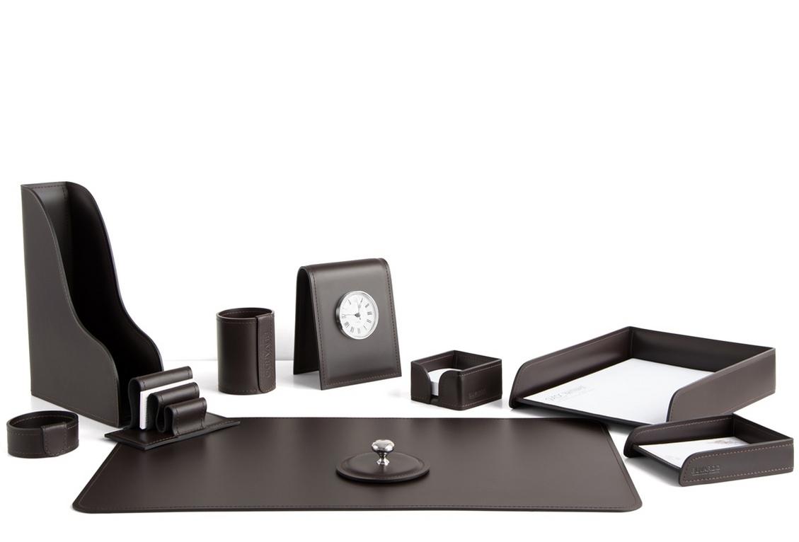 Набор на стол руководителя 1402-СT 10 предметов кожа Cuoietto цвет темно-коричневый шоколад.