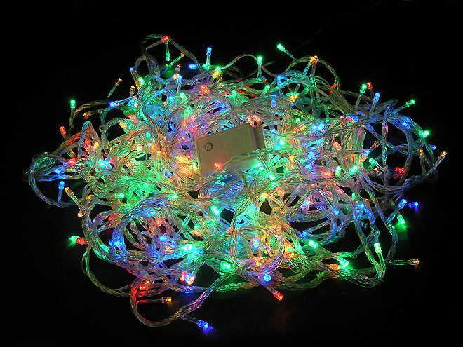 Товары для дома Светодиодная гирлянда разноцветная 140 Led (белая) Гирлянда_морозоустойчивая.jpg