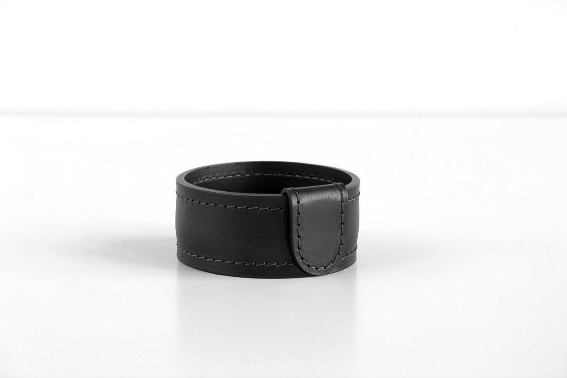 Стакан Н4 PREMIUM из кожи Full Grain Black/Cuoietto черный