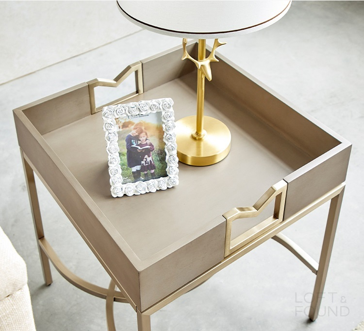 Приставной столик Mell