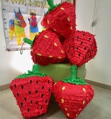 пиньята ягода Клубника
