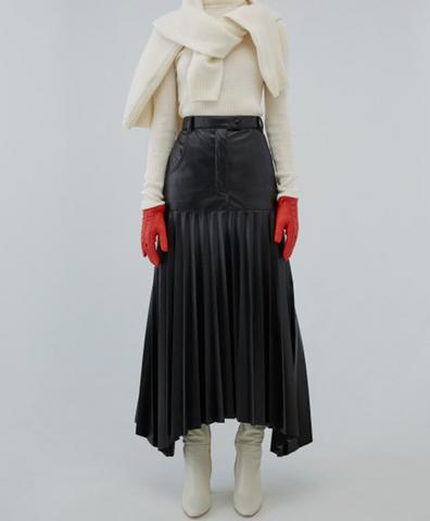 Кожаная юбка с плиссированной вставкой