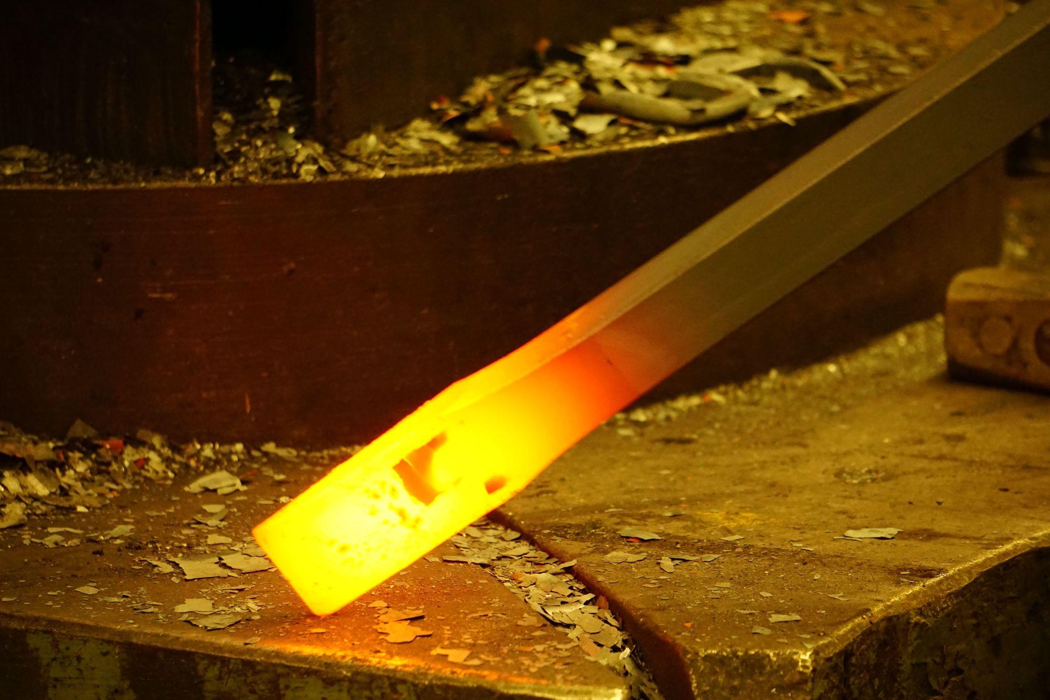Лом кованый с набалдашником. Форма-зубило 2000x28mm DeWit
