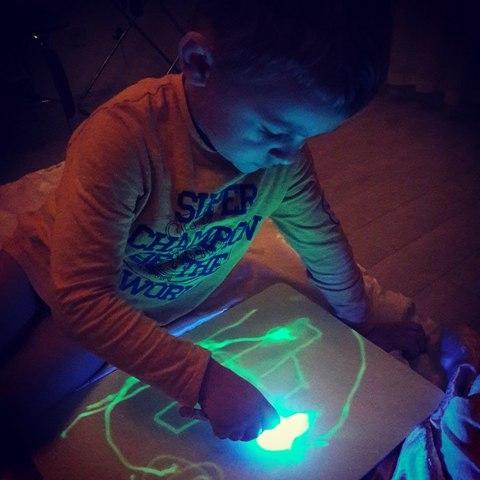 Двухсторонний планшет для рисования в темноте