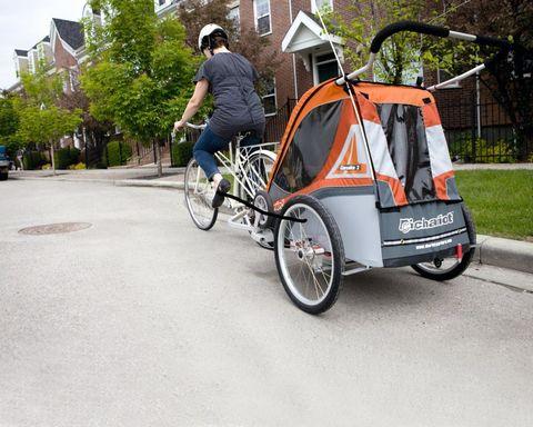 Картинка коляска Thule Chariot Corsaire2 абрикосовая