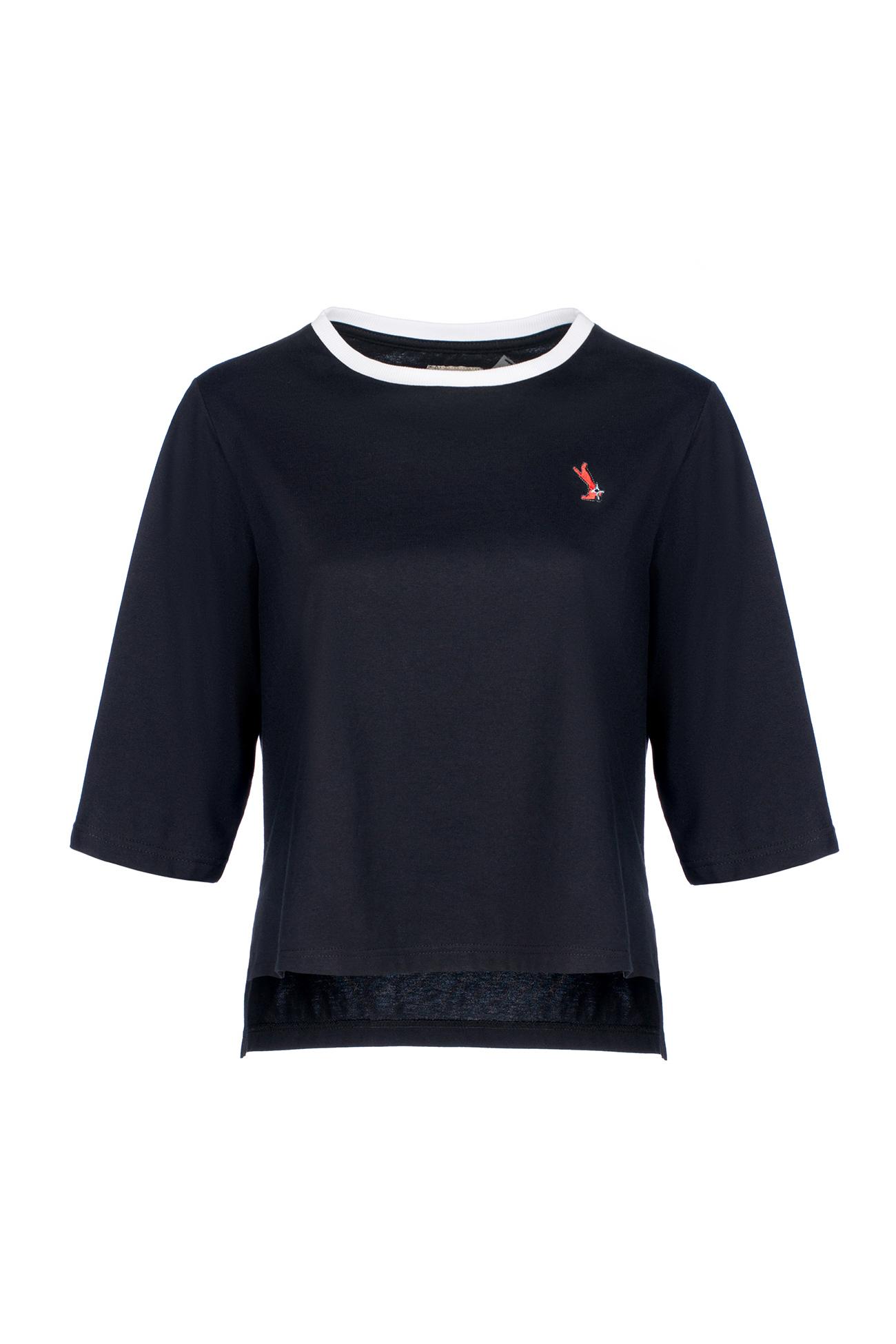 Черная футболка с  белым воротником