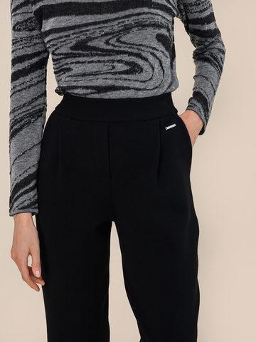 Женские брюки черного цвета из шерсти - фото 3