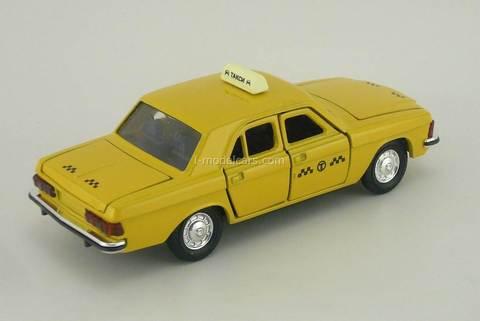 GAZ-3102 Volga Taxi with plafond Agat Mossar Tantal 1:43
