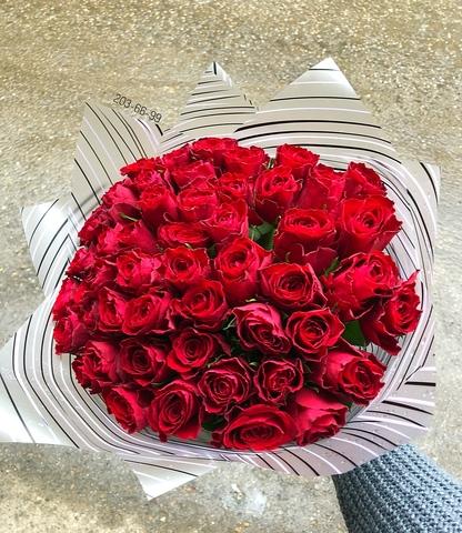 51 красная роза 40 см в оформлении #18765