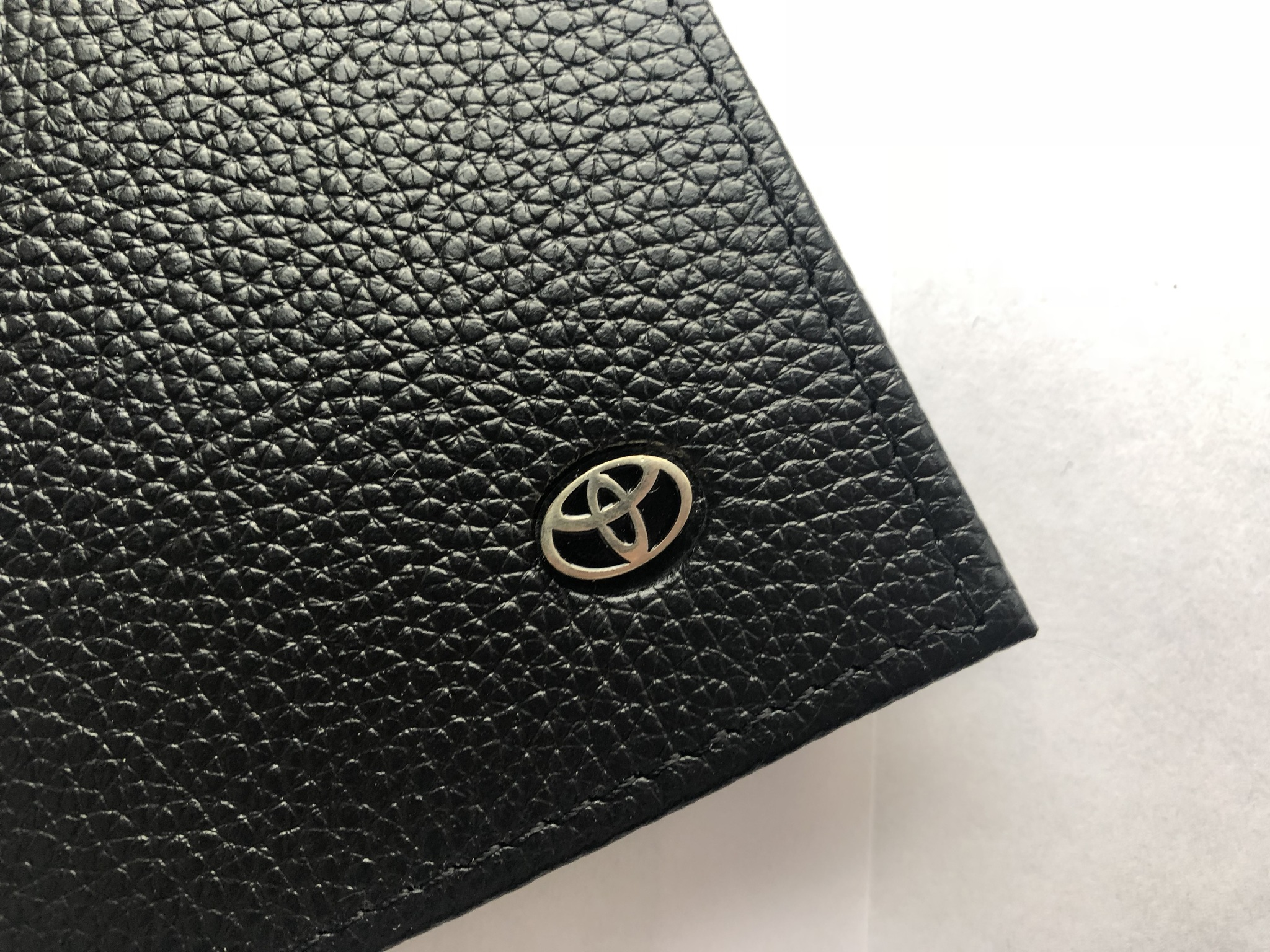 Портмоне для автодокументов из натуральной кожи с логотипом TOYOTA