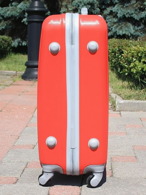 Чемодан Ananda APL-833 Красный (S)