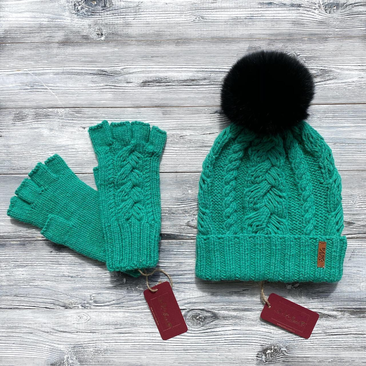 Комплект: шапка, митенки