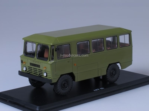 GAZ-66 AMS-66 Army Bus khaki 1:43 Start Scale Models (SSM)