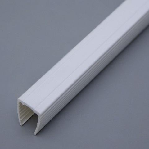 Пластиковый профиль для монтажа гибкого неона 8х16 мм. 1 метр