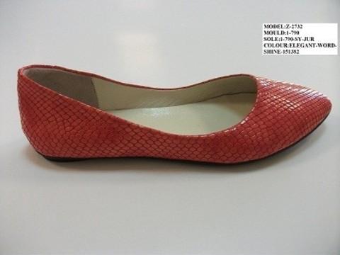 Модные балетки кожаные Еtor