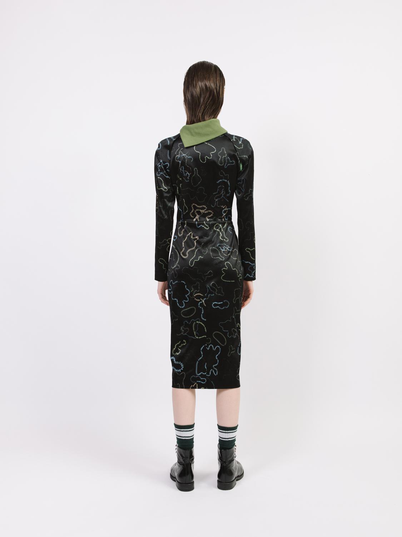 Платье-реглан со вставкой