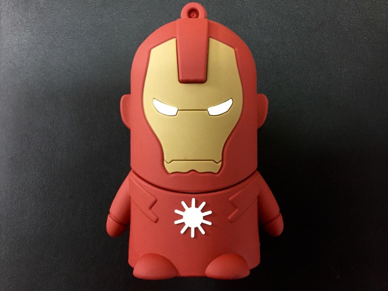Архив Железный человек - портативный аккумулятор на 8800 mAh ironman2.jpg