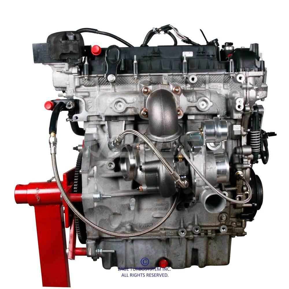 установленный турбокит на двигателе