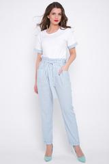 <p>Хит сезона! Брюки свободного кроя, чуть зауженные к низу, дополнены накладными карманами. Эти брюки можно носить куда угодно и когда Вам угодно. В некоторых ситуациях они гораздо уместнее джинсов. Рекомендуем!</p>