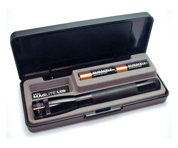 Фонарь MAG-LITE Mini 12,7 см - пластиковая коробка, батарейки