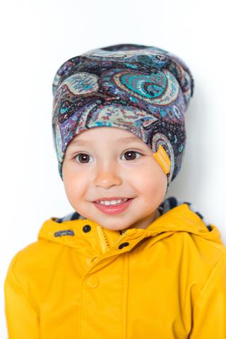 детская шапка из турецкой шерсти пейсли-огурцы сине-бежевая