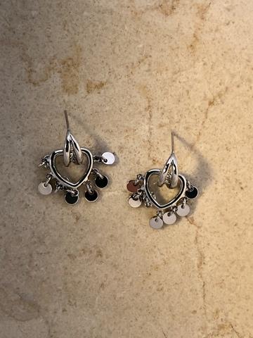 Серьги Кисс, серебряный цвет
